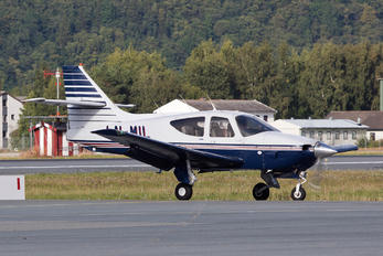 LN-MIL - Private Rockwell Commander 112