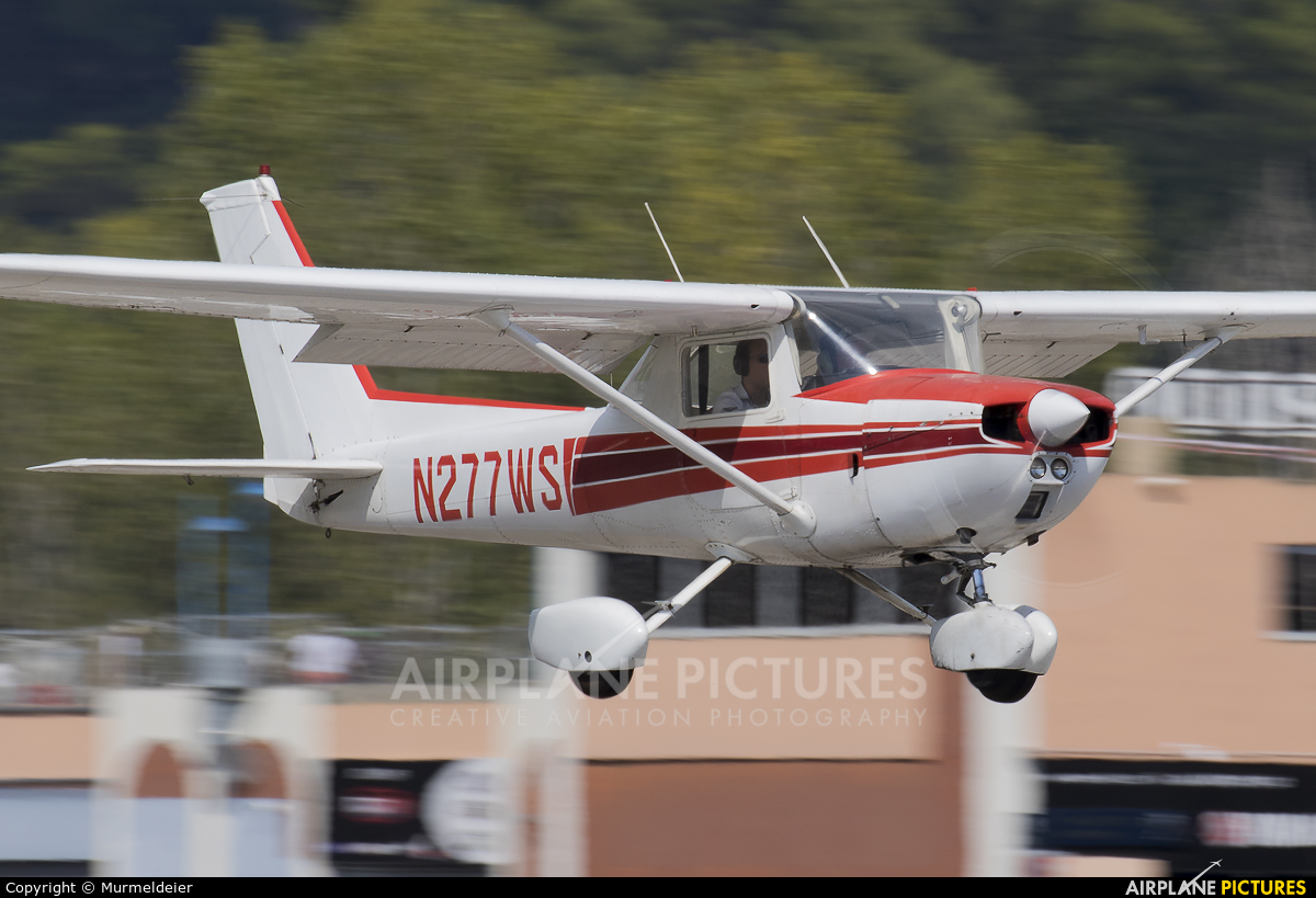 Private N277WS aircraft at Cannes - Mandelieu