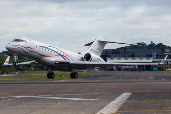 M-YFTA - Private Bombardier BD-700 Global 6000