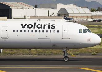 XA-VLU - Volaris Airbus A321