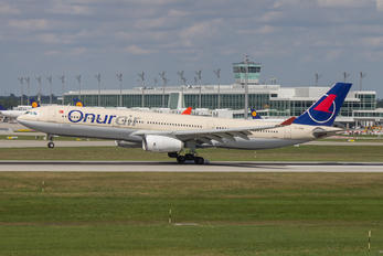 TC-OCB - Onur Air Airbus A330-300