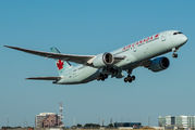 C-FNOE - Air Canada Boeing 787-9 Dreamliner aircraft