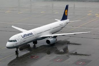 D-AIRA - Lufthansa Airbus A321