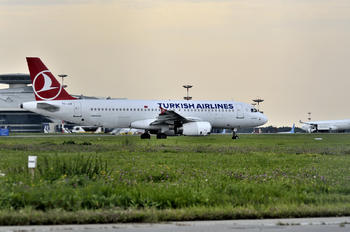 TC-JUE - Turkish Airlines Airbus A320