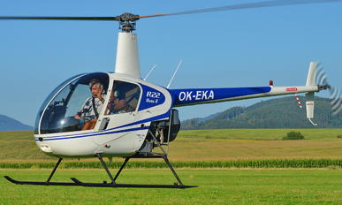 OK-EKA - Private Robinson R22