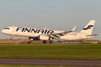 OH-LZI - Finnair Airbus A321
