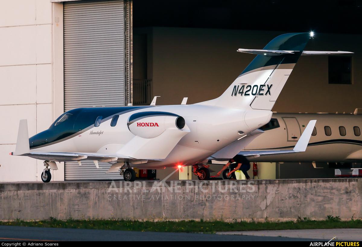 Honda Aerospace N420EX aircraft at Curitiba -  Afonso Pena