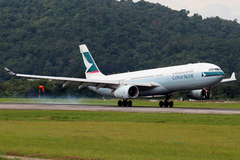 B-HLM - Cathay Pacific Airbus A330-300