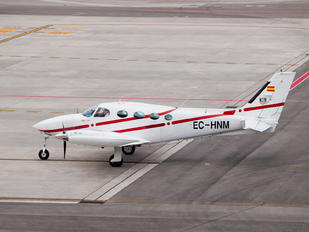 EC-HNM - Private Cessna 340