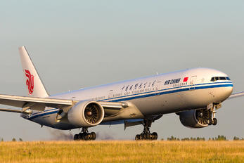 B-2089 - Air China Boeing 777-300ER
