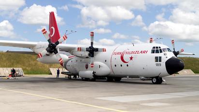63-13189 - Turkey - Air Force : Turkish Stars Lockheed C-130E Hercules