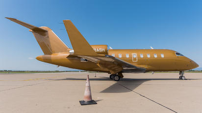 M-BASH - Private Bombardier Challenger 605