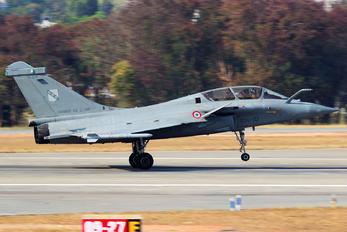329 - France - Air Force Dassault Rafale B