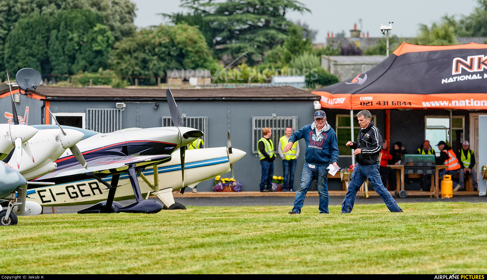 - Airport Overview - aircraft at Birr