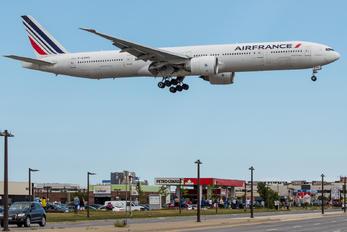 F-GZNG - Air France Boeing 777-300ER