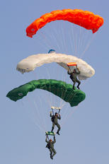 - - India - Air Force Parachute Military
