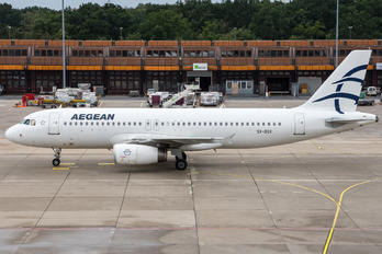 SX-DGX - Aegean Airlines Airbus A320