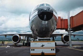 N1004A - Mexicana McDonnell Douglas DC-10-30
