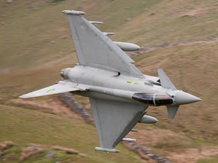 ZJ917 - Royal Air Force Eurofighter Typhoon F.2