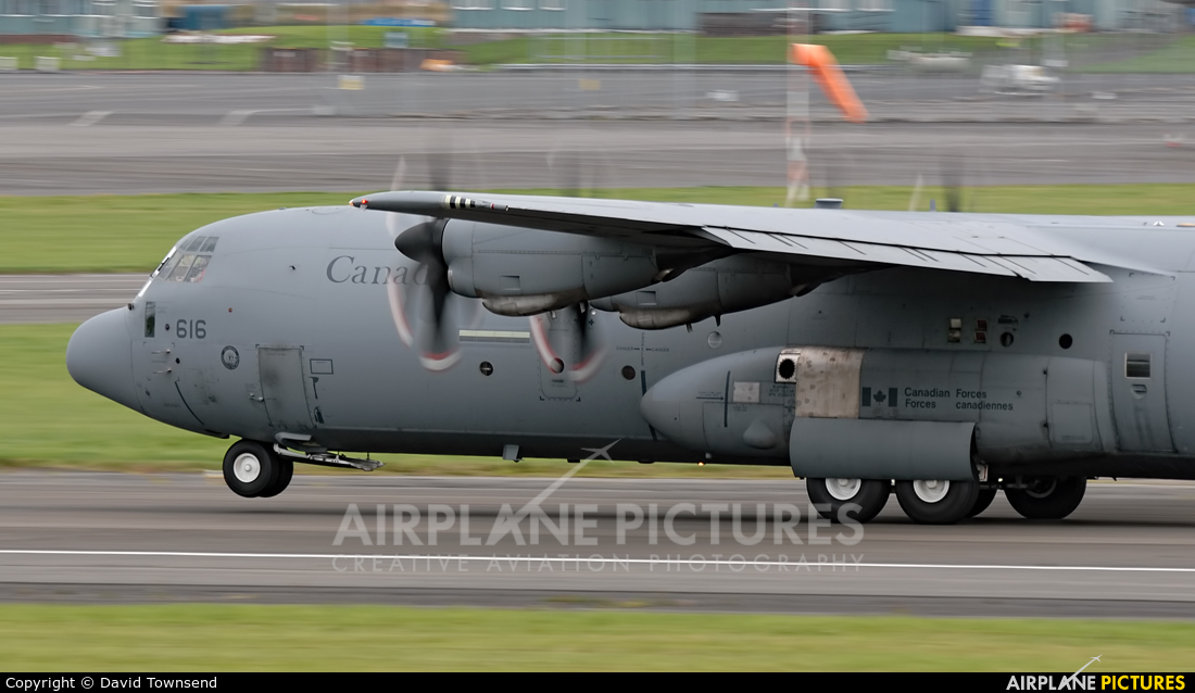 Canada - Air Force 130616 aircraft at Prestwick