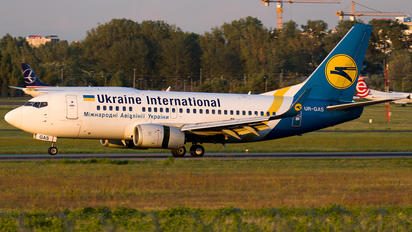UR-GAS - Ukraine International Airlines Boeing 737-500