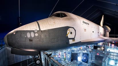 OV-101 - NASA Rockwell Space Shuttle