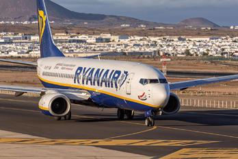 EI-EFY - Ryanair Boeing 737-800