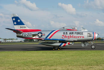 NX86FR - Private North American F-86 Sabre