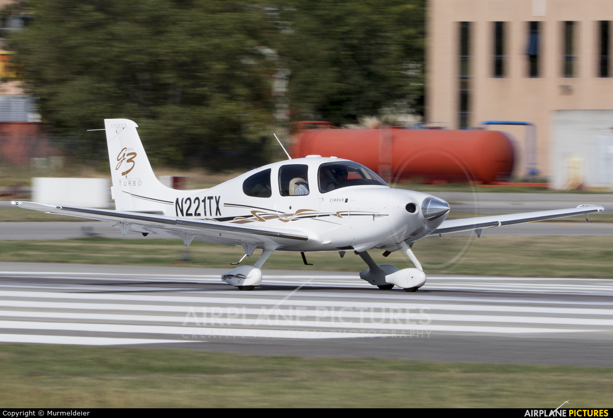 Private N221TX aircraft at Cannes - Mandelieu