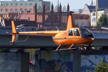 SP-KHH - Private Robinson R44 Astro / Raven