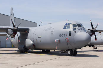 130607 - Canada - Air Force Lockheed WC-130J Hercules