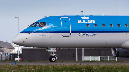 PH-EZZ - KLM Cityhopper Embraer ERJ-190 (190-100)