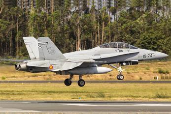 CE.15-05 - Spain - Air Force McDonnell Douglas EF-18B Hornet
