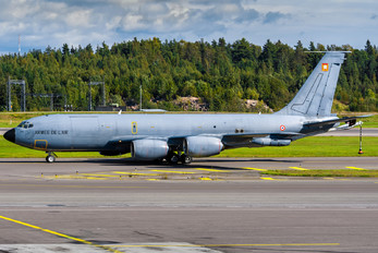 740 - France - Air Force Boeing C-135FR Stratotanker