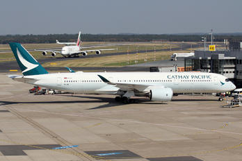 B-LRE - Cathay Pacific Airbus A350-900