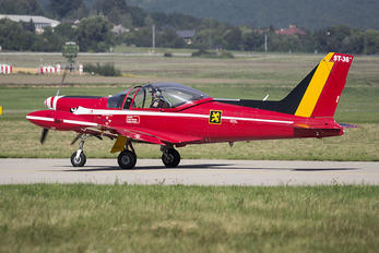 "ST-36 - Belgium - Air Force ""Les Diables Rouges"" SIAI-Marchetti SF-260"