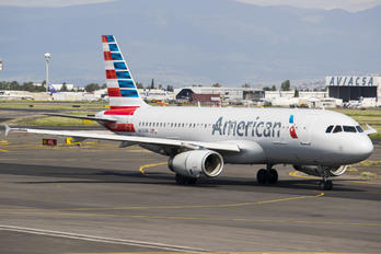 N663AW - American Airlines Airbus A320