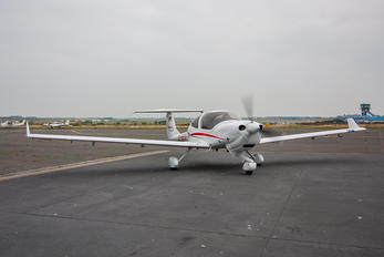 D-EFCO - Private Diamond DA 40 NG Diamond Star