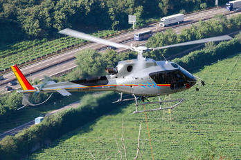 I-LASM - Heliwest Eurocopter AS350 Ecureuil / Squirrel