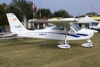 I-9677 - Private Tecnam P92 Echo, JS & Super