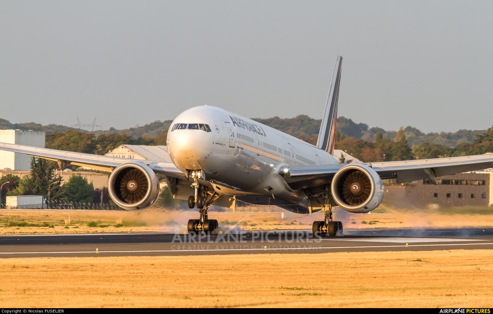 Air France F-GSQS aircraft at Paris - Orly