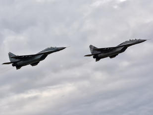 18301 - Serbia - Air Force Mikoyan-Gurevich MiG-29UB