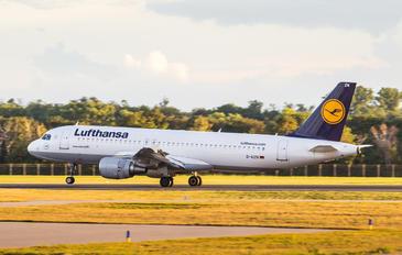 D-AIZN - Lufthansa Airbus A320