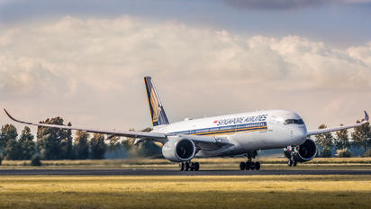 9V-SMA - Singapore Airlines Airbus A350-900