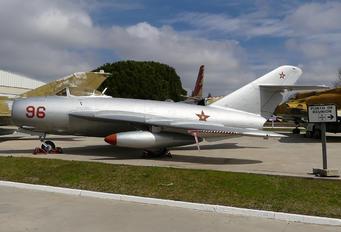 42 - Bulgaria - Air Force Mikoyan-Gurevich MiG-17