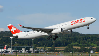 HB-JHM - Swiss Airbus A330-300