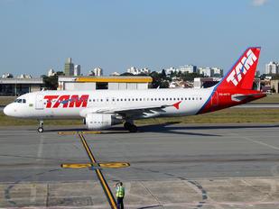 PR-MYS - TAM Airbus A320