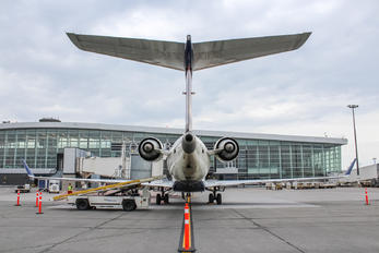 N355CA - Delta Connection Bombardier CRJ-700