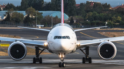 TC-JJB - Turkish Airlines Boeing 777-300ER