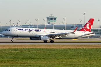 TC-JTK - Turkish Airlines Airbus A321